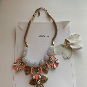 Stella & Dot Jewelry - Stella & Dot Riviera Statement Necklace